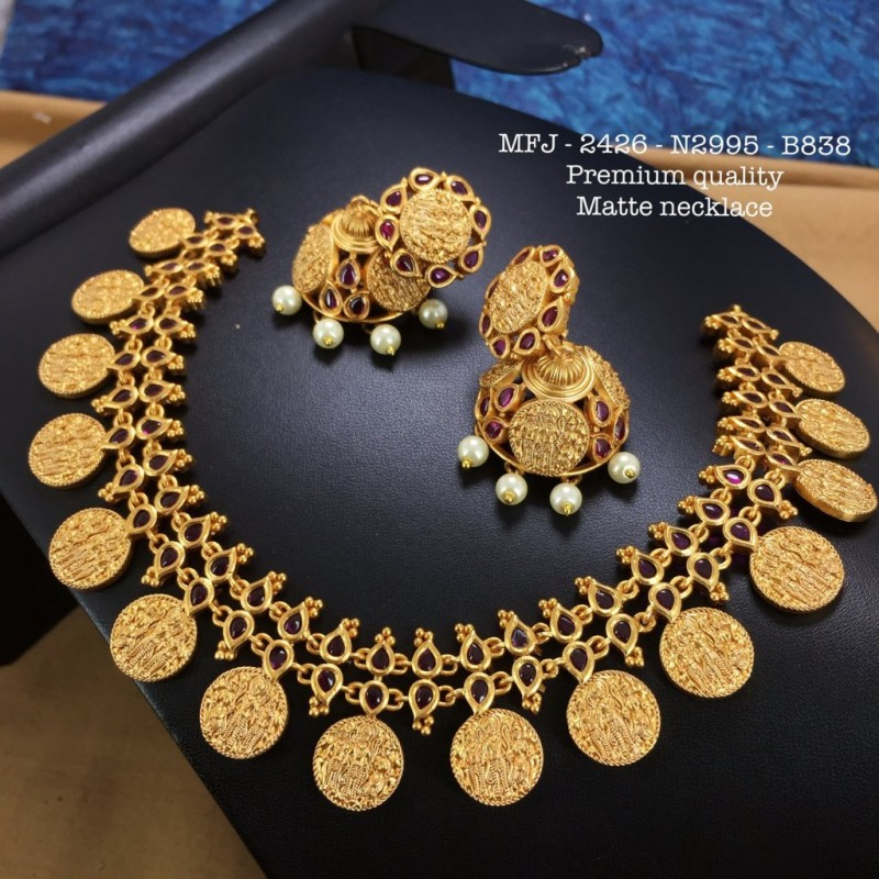 Blue Stones With Pearls High Quality Flower&Hanging Design Gold Plated Finish Necklace Set Buy Online