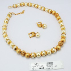 Pearls & Mat Finish Cups Chain Set Online