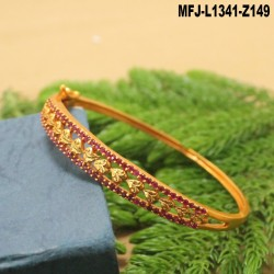 Ruby & Emerald Stones Leaves Design Mat Finish Bracelet Buy Online